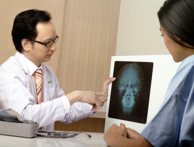 怎麼區分咽炎和食道癌?