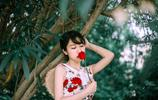少女與玫瑰