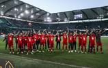 足球——德甲:拜仁客勝沃爾夫斯堡提前奪冠