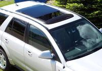 """很多車主懂開車,卻不懂""""汽車天窗""""有什麼作用,別等開報廢才懂"""