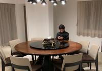 張柏芝晒大兒子的照片,一個小動作像極了謝霆鋒,網友:明星範兒