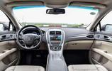 最厚道的B級車,純進口比A4L大一圈,標配LED大燈還是總統座駕!