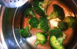 西蘭花的好吃做法,只需幾步,西蘭花爽脆無油又碧綠