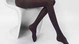 男人都喜歡女人穿這樣的打底褲,顯你腿長不止一點點