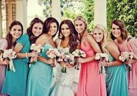 女生參加朋友婚禮,應該怎樣打扮?