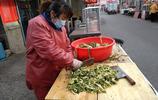 豬血腸殺豬菜那是北方人的最愛,殺豬菜豬血腸的製作過程很複雜的