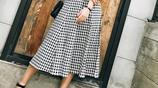 有了這種舒適涼爽的半身裙,女性面對炎炎夏天,穿搭當然不再難