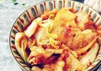 家常五花肉菜譜,辣白菜炒五花肉,肥而不膩,美味下飯,動手吧