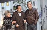 被謝賢打臉胡楓菜是好男人,疼愛妻子59年,而謝賢卻花心無數