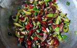 小鹹菜可以做成這樣,網友感慨比肉都好吃,你在家這樣做嗎?