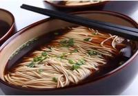 江蘇崑山的麵條美味——紅湯爆魚面