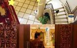 成龍的二環四合院,黃聖依的奢華豪宅,都比不上她的小區房?