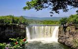 世界最大的玄武岩吊水瀑布美景