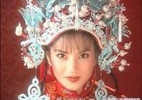 再來一抹回憶殺:趙薇早期照片大曝光,難怪黃曉明這麼迷戀她