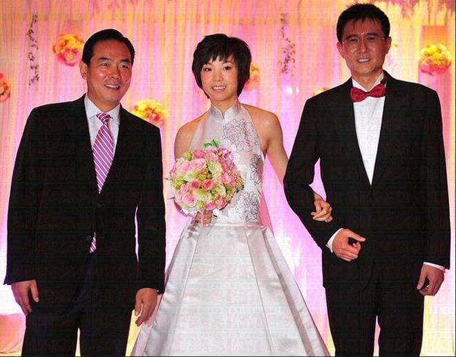 女乒大魔王閃嫁大20歲身家上億老頭,是為了錢?聽聽她本人怎麼說