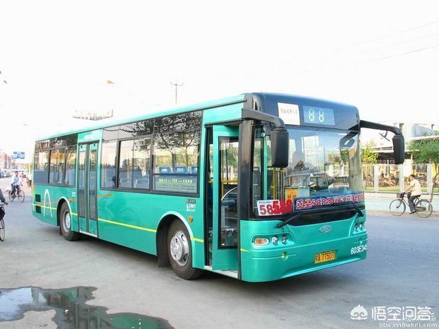為什麼有的公交車不等人呢?