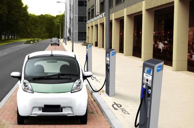 補貼人人拿,綠牌車遍地跑,值得選購的新能源卻只有這四輛?