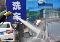 自己洗車時的3個禁忌,你還不知道?那別自己動手了,小心車報廢