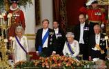 對比戴安娜、卡米拉和凱特王妃佩戴英女王勳章,誰更顯氣質?