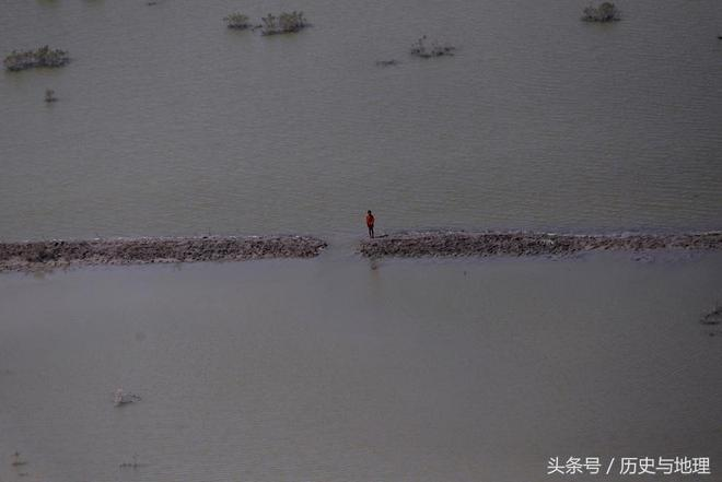 一組圖實拍洪災殘酷現場,無助與恐慌寫滿臉上