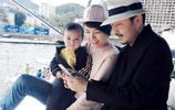汪涵全家近照,美嬌妻素顏水嫩氣質溫婉,3歲兒子有才更像爸