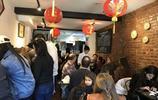"""中國餐廳裡的""""超級水餃"""",征服了美國,一個售價82元,好吃實惠"""
