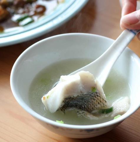 想要魚湯又香又白,你可千萬別加錯水,看了這些你自然明白了