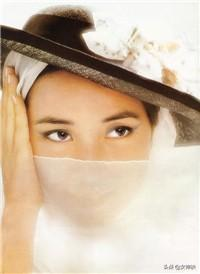 她曾和林青霞齊名,蔣經國八臺警車開道請她喝茶,最美在溫柔堅韌