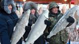 俄羅斯凍魚怎麼吃?四川火鍋!一條魚一家人能吃一週