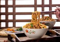 教你製作傳統武漢熱乾麵,麵條筋道,鮮香美味,怎麼吃都不膩!
