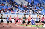 全錦賽男子4×100接力決賽:江蘇隊奪冠 廣東隊領獎後摘下獎牌