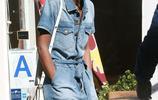 Herieth Paul帥氣牛仔風穿搭時尚又減齡,現身街頭拍照片在線營業