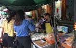 在深圳甘坑客家小鎮,能品嚐到全國各地特色美食,看著就垂涎欲滴