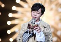 《歌手》官宣新一輪補位嘉賓,又是吳青峰的偶像,歌壇一代天后!