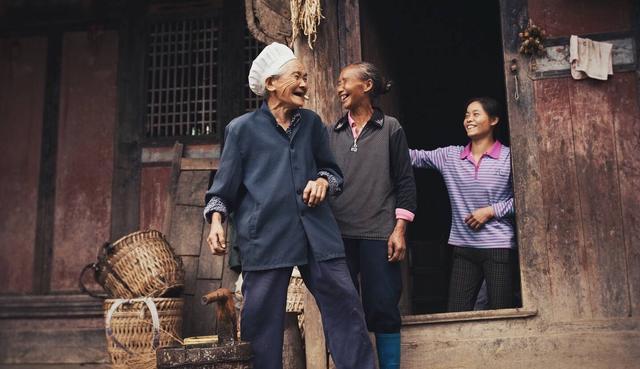 是一次交?還是每月交?怎樣交養老保險是最好的方法?