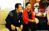 潘長江全家福曝光,80歲老父親逆生長與潘長江看似兄弟