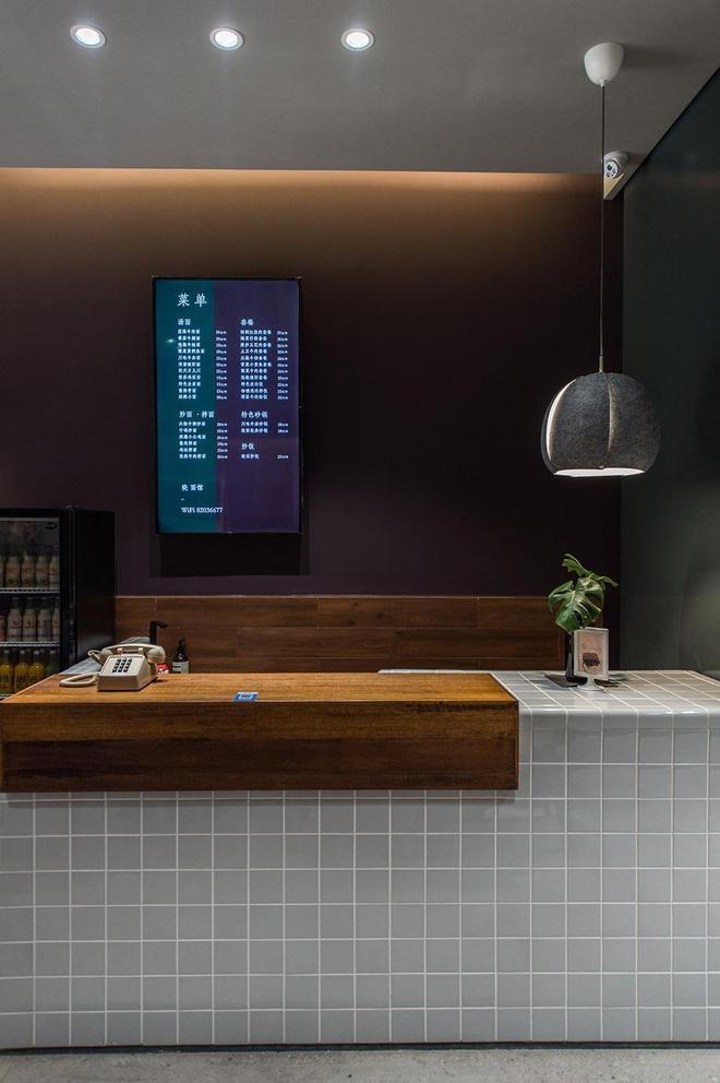 店面設計:高顏值高氣質的小麵館,復古元素和色調構成的儀式感