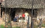 看看父輩和祖輩以前是怎麼生活的 農村裡的老舊建築 你村裡還有嘛