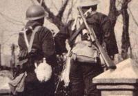 二戰時,為啥很少見到日軍使用衝鋒槍?真相你到底是什麼?