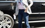 辛迪·克勞馥時尚氣質穿搭帥氣十足,精美面容一點都不像53歲
