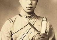 一個日本人,卻拿起槍打鬼子,痛殺20個日本兵,最後為救兄弟犧牲