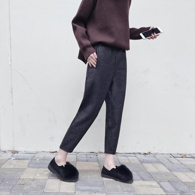 別在傻傻的穿牛仔褲,今年秋冬穿九分毛呢闊腿褲,搭配短靴帥極了