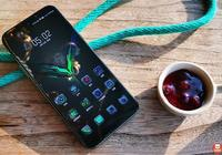 黑鯊遊戲手機2評測:新增雙手壓力觸控,堪稱最強手遊操控之王!