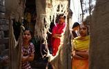 印度恆河邊上的賣身母女