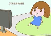 三歲前愛看電視的孩子,上學後這幾點會讓家長頭疼,早知道早避免