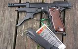 把手槍當衝鋒槍用 伯萊塔93R手槍