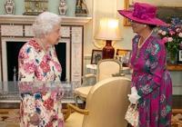 """93歲英國女王實在太暖心了,竟在房間擺放""""西班牙小公主""""照片"""