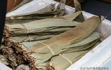 粽葉、繩子都準備好了,就等上等的米粒來做粽子了