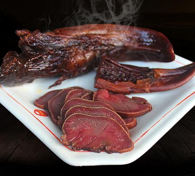 豬身上最寶貴的部位,牛肉排骨都不如它!女人吃解饞,男人吃下酒