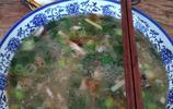 偃師諸葛鎮王家白沙羊肉湯館喝湯人排長隊,湯鮮肉香喝了還想喝!